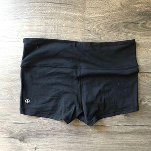 Lululemon booty shorts/spandex